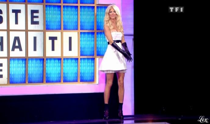 Victoria Silvstedt dans la Roue De La Fortune. Diffusé à la télévision le 14/06/10.