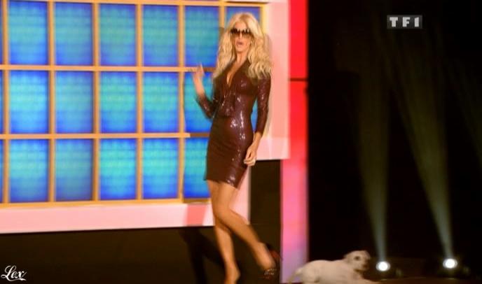 Victoria Silvstedt dans la Roue De La Fortune. Diffusé à la télévision le 15/06/10.