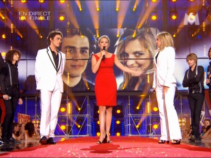 Virginie Efira dans à La Recherche De La Nouvelle Star. Diffusé à la télévision le 11/06/08.