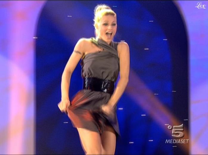 Michelle Hunziker dans Striscia La Notizia. Diffusé à la télévision le 21/01/09.