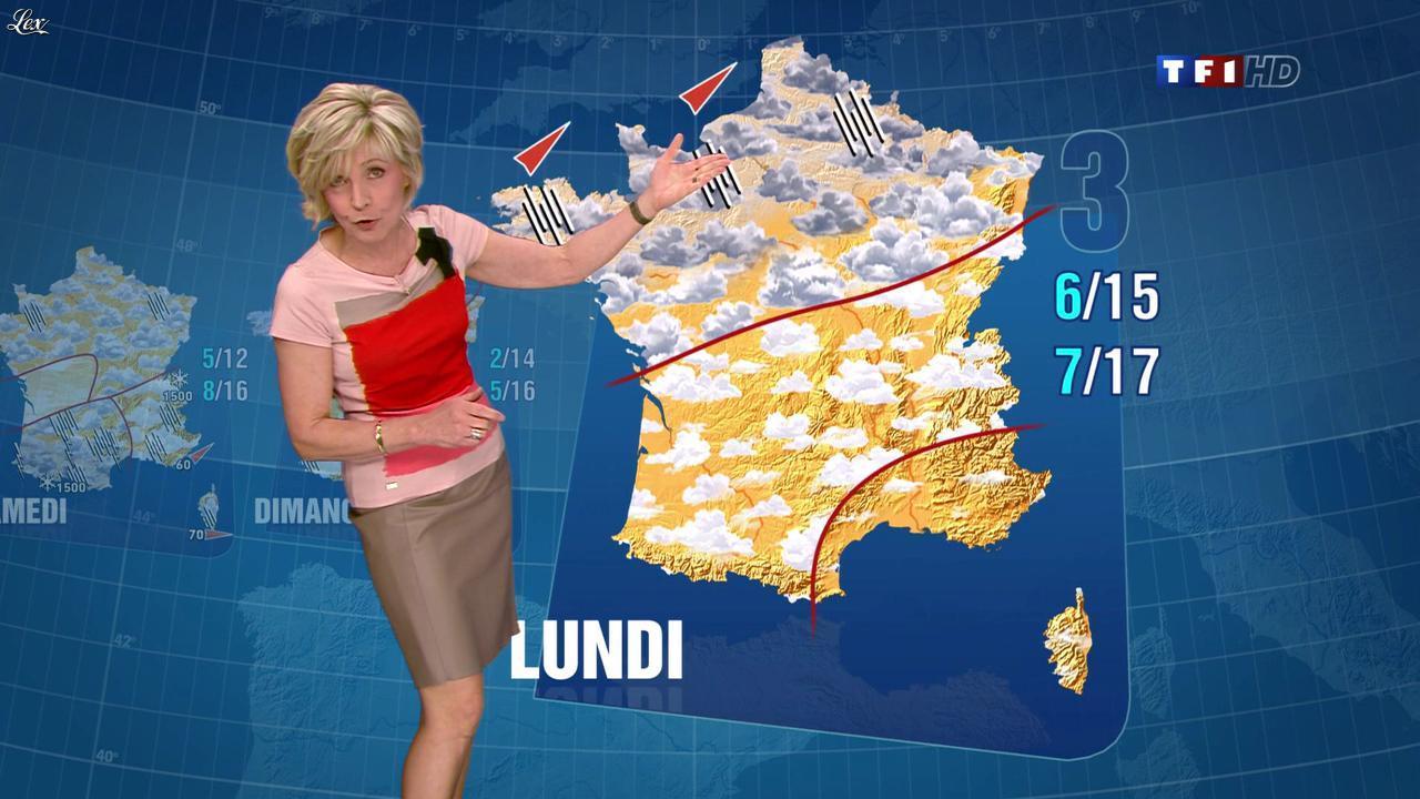 Evelyne Dhéliat à la Météo de 13h. Diffusé à la télévision le 05/04/12.