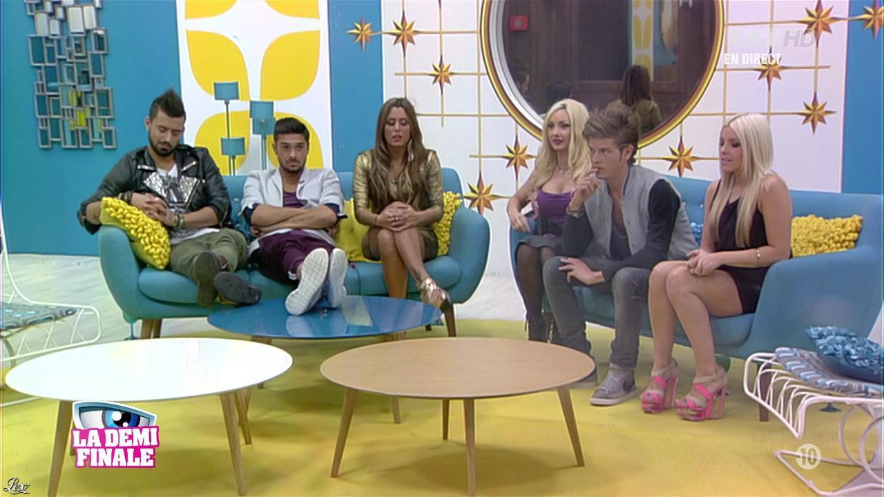 Alexia, Florine et Anaïs dans Secret Story. Diffusé à la télévision le 06/09/13.
