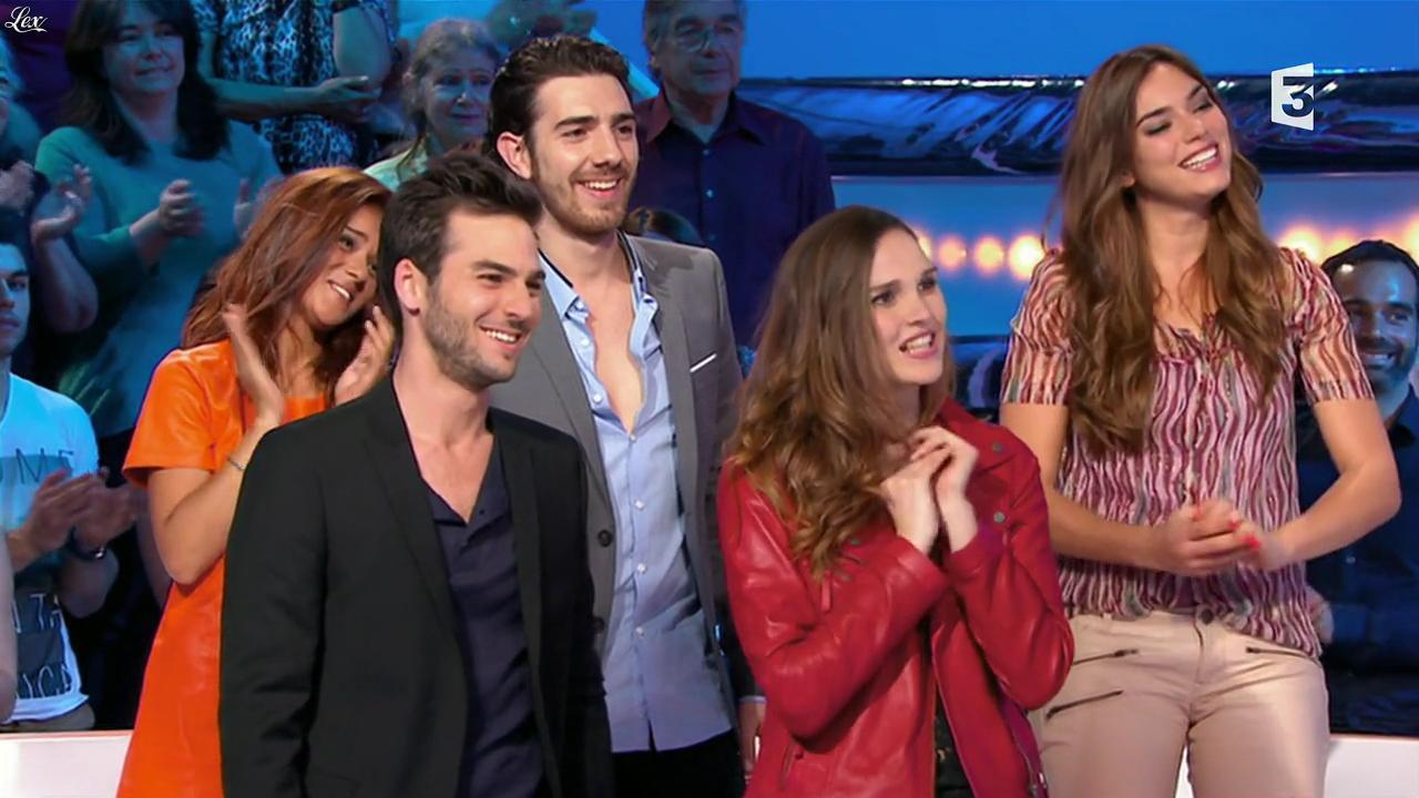 Camille Lou, Alexandra Maquet et Sonia Lacen dans les Chansons d'Abord. Diffusé à la télévision le 11/06/14.