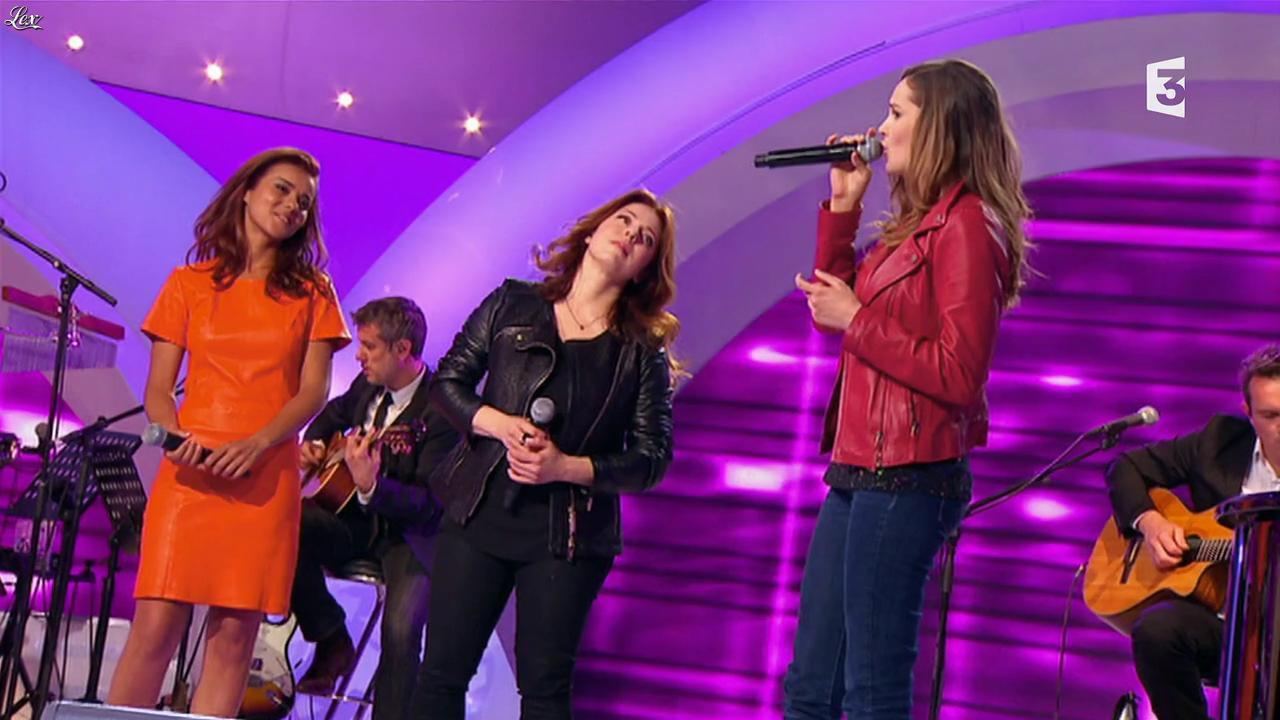 Camille Lou et Sonia Lacen dans les Chansons d'Abord. Diffusé à la télévision le 11/06/14.