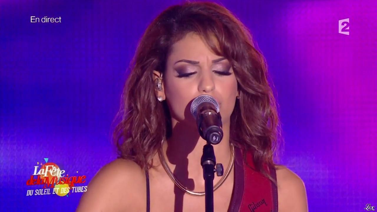Tal dans la Fête de la Musique. Diffusé à la télévision le 21/06/14.