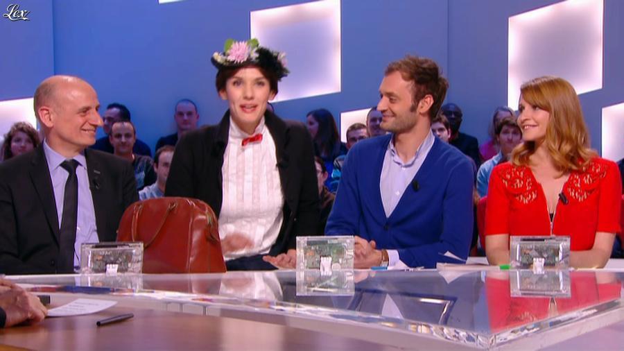 Valérie Amarou dans le Grand Journal de Canal Plus. Diffusé à la télévision le 06/03/14.
