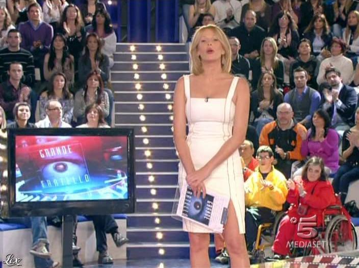 Alessia Marcuzzi dans Grande Fratello. Diffusé à la télévision le 08/04/09.