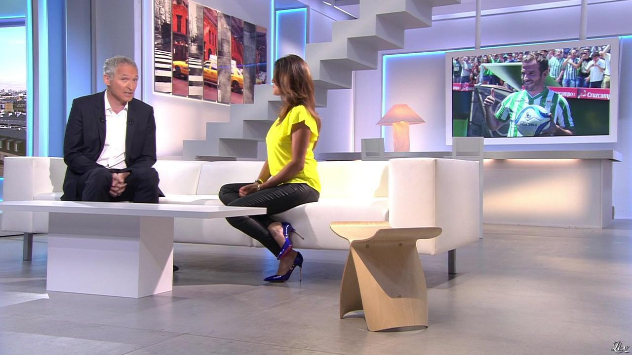 Karine Ferri dans l'Affiche du Jour. Diffusé à la télévision le 03/07/15.