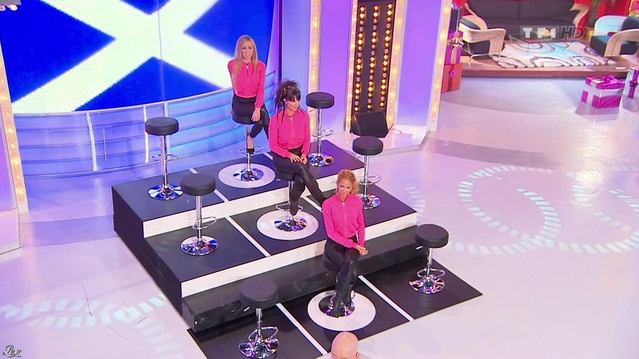 Les Gafettes, Fanny Veyrac, Nadia Aydanne et Doris Rouesne dans le Juste Prix. Diffusé à la télévision le 12/03/10.