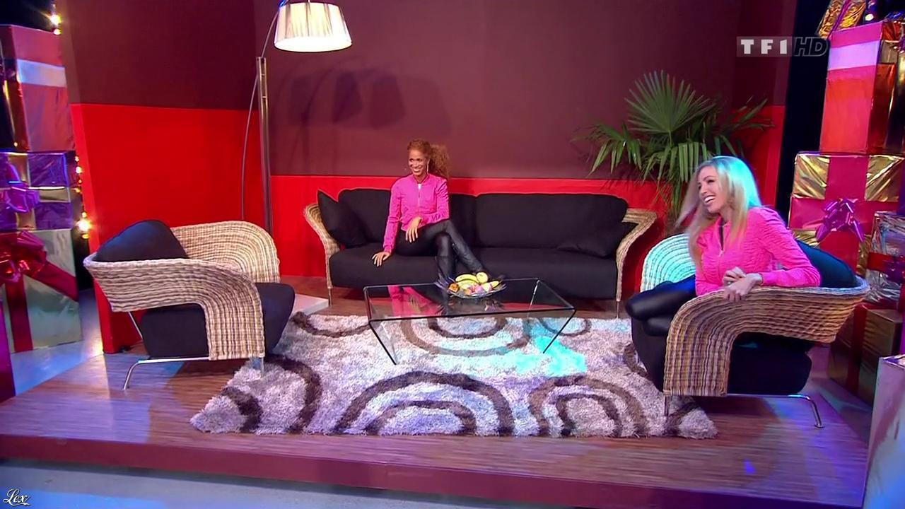 Les Gafettes, Nadia Aydanne et Doris Rouesne dans le Juste Prix. Diffusé à la télévision le 12/03/10.