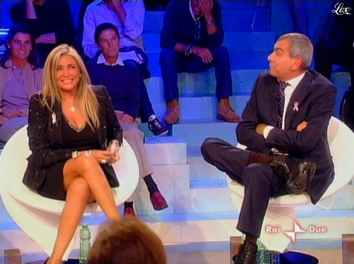 Mara Venier dans l'Isola Dei Famosi. Diffusé à la télévision le 20/10/08.