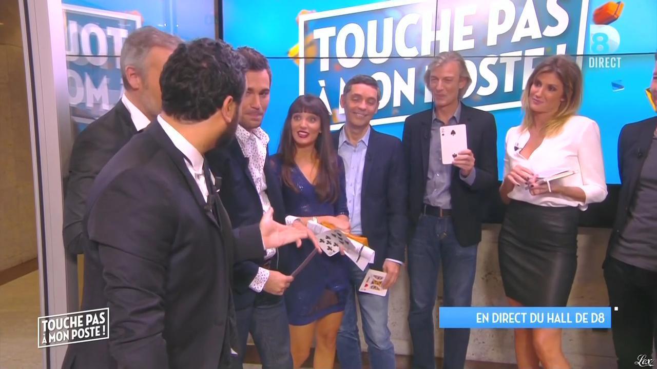Caroline Ithurbide et Erika Moulet dans Touche pas à mon Poste. Diffusé à la télévision le 07/10/15.
