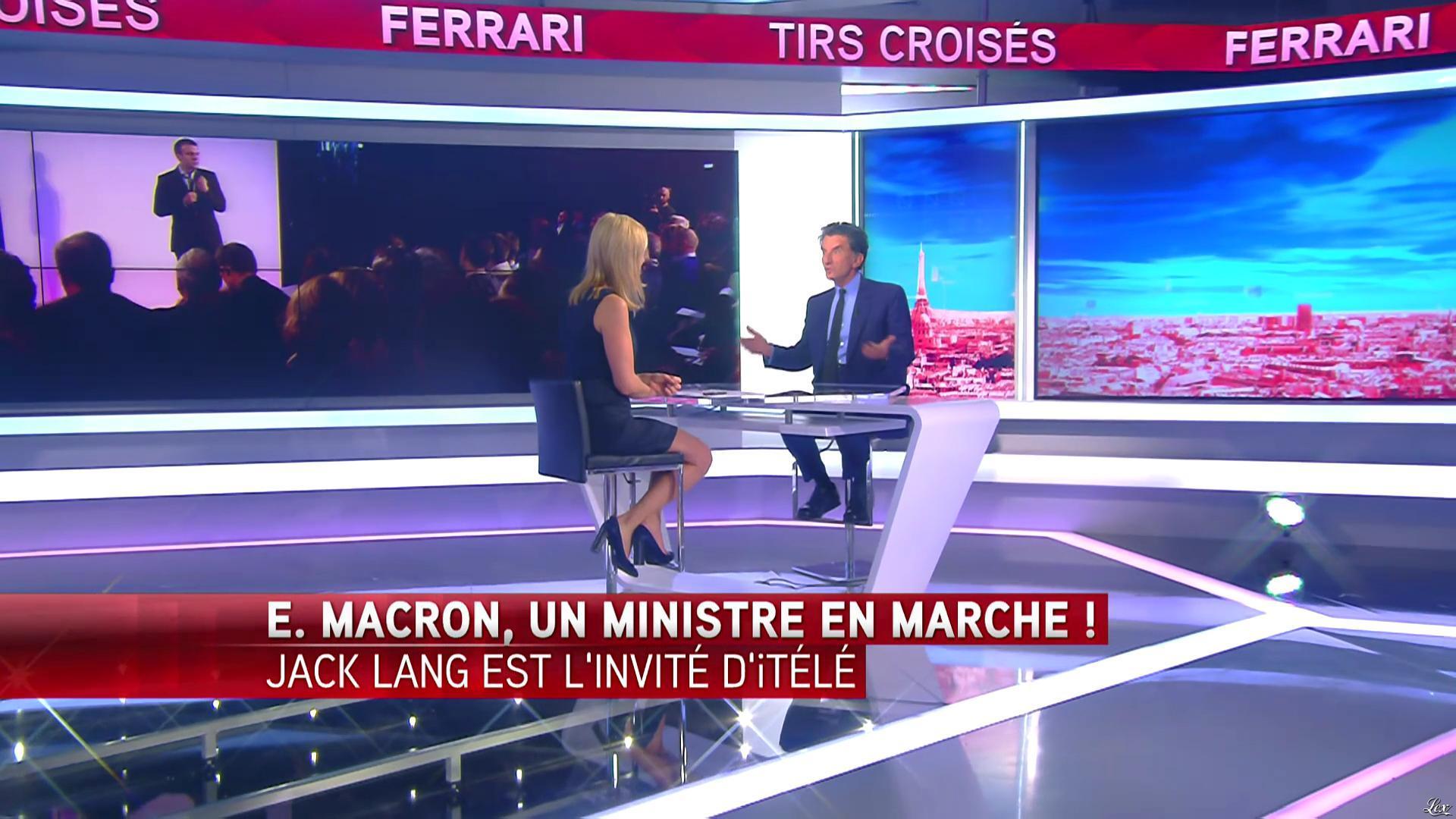 Laurence Ferrari dans Tirs Croisés. Diffusé à la télévision le 03/05/16.