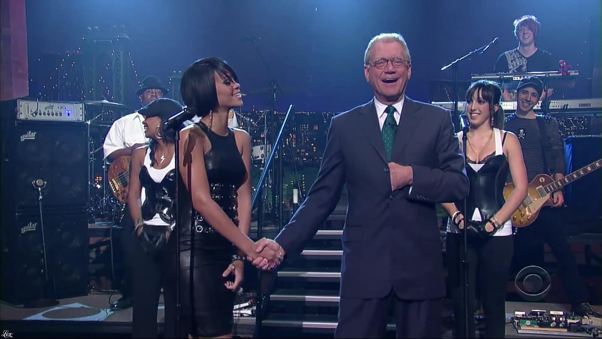 Rihanna dans David Letterman Show. Diffusé à la télévision le 04/10/07.