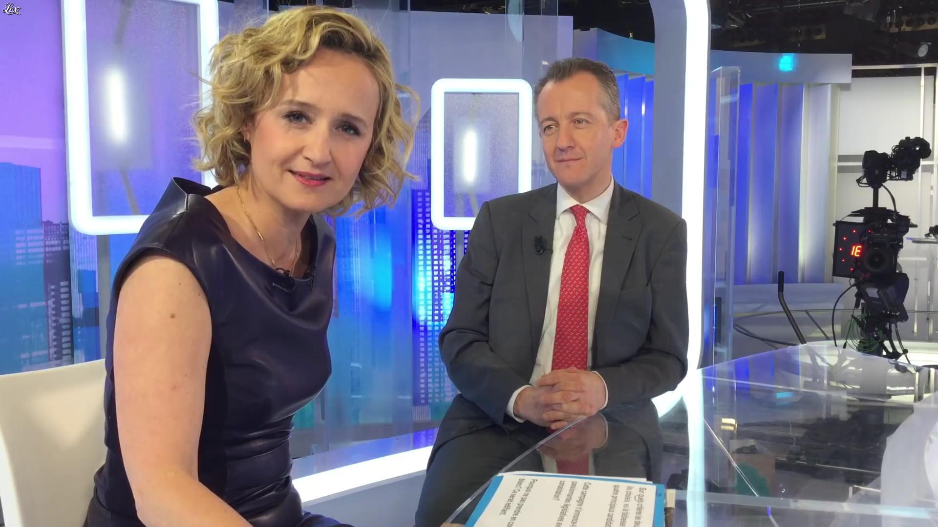 Caroline Roux dans un Bonus de C dans l'Air. Diffusé à la télévision le 10/04/17.