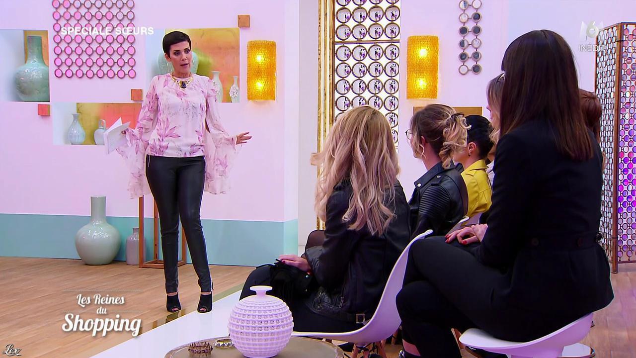 Cristina Cordula dans les Reines du Shopping. Diffusé à la télévision le 28/04/17.