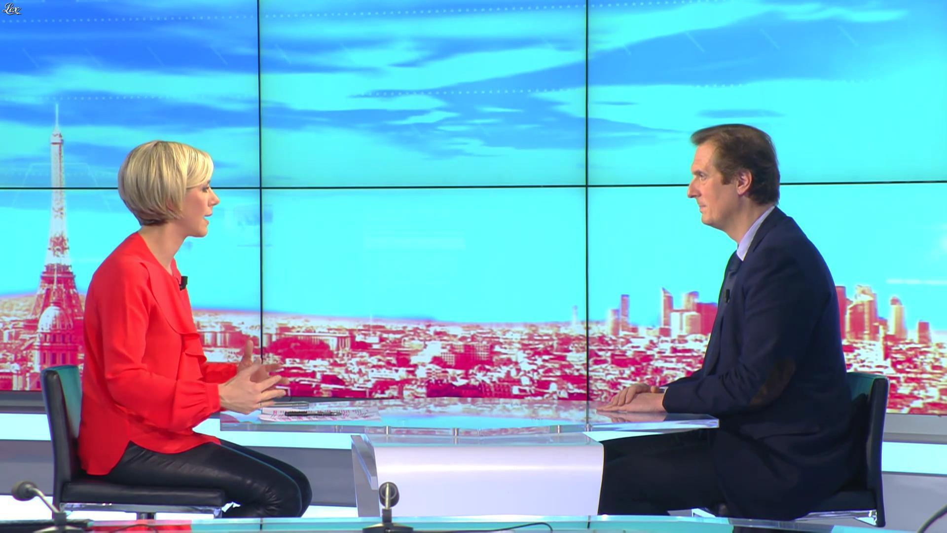 Laurence Ferrari dans le Direct Ferrari. Diffusé à la télévision le 08/12/16.