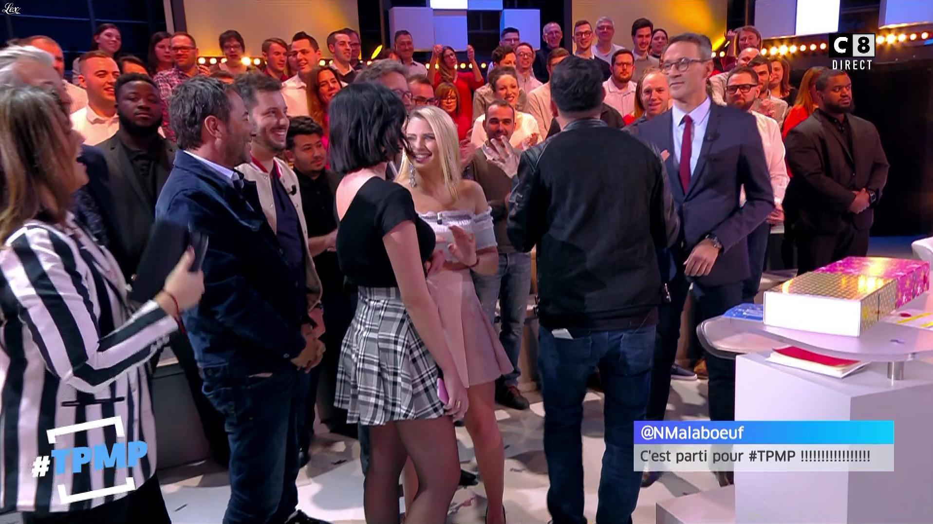 Agathe Auproux et Kelly Vedovelli dans Touche pas à mon Poste. Diffusé à la télévision le 07/02/18.