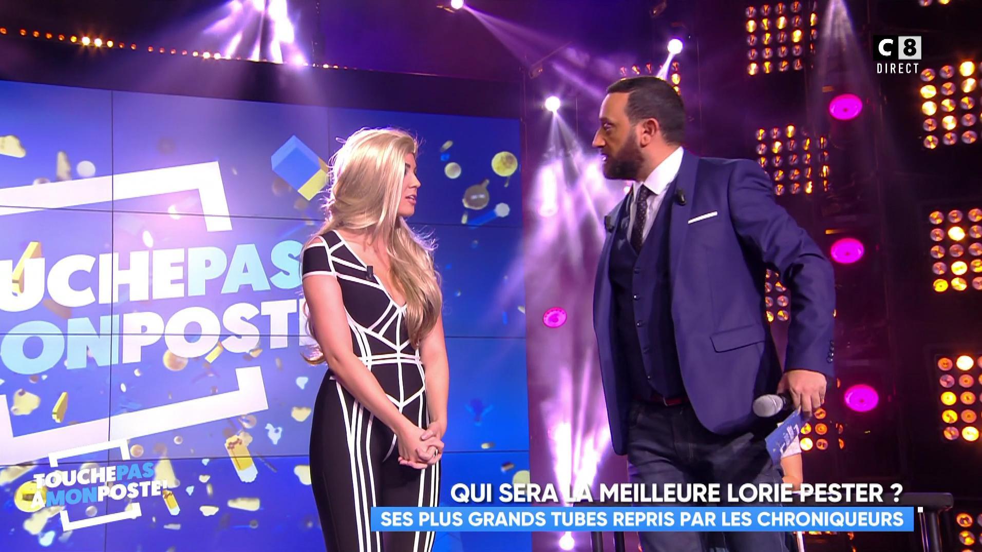 Agathe Auproux dans Touche pas à mon Poste. Diffusé à la télévision le 16/11/17.