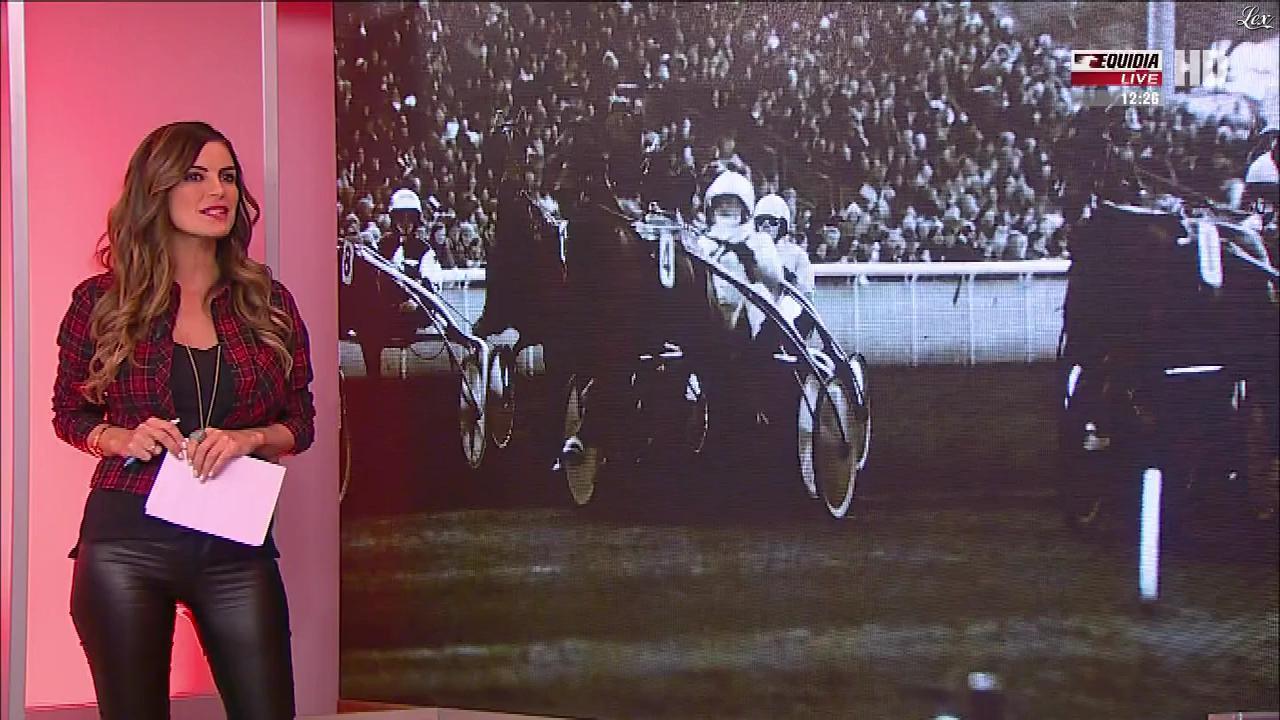 Amélie Bitoun dans un Jour aux Courses. Diffusé à la télévision le 02/01/18.
