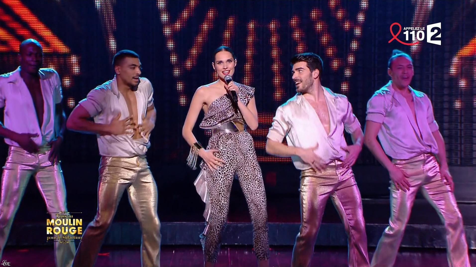 Camille Lou dans Tous Ensemble pour le Sidaction. Diffusé à la télévision le 25/03/17.