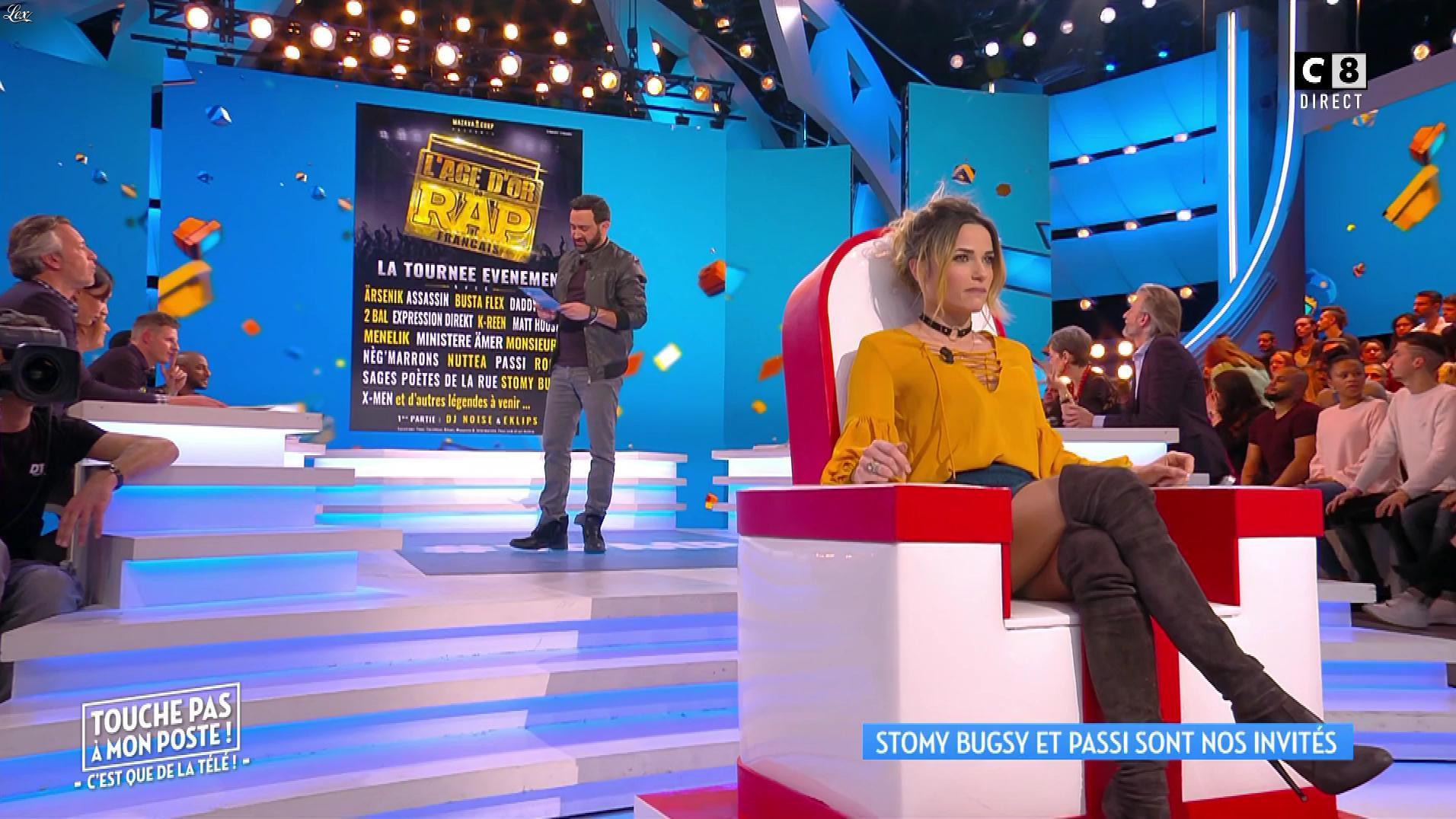 Capucine Anav dans Touche pas à mon Poste. Diffusé à la télévision le 02/03/17.