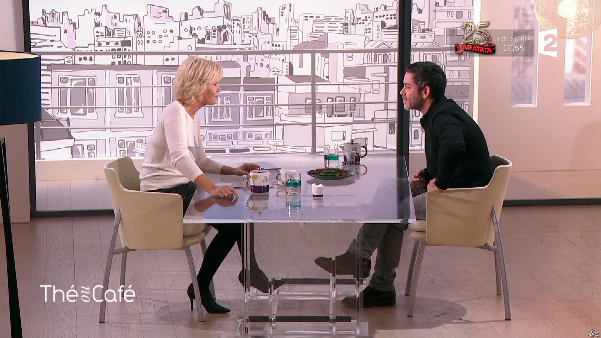 Catherine Ceylac dans The ou Cafe. Diffusé à la télévision le 28/10/17.