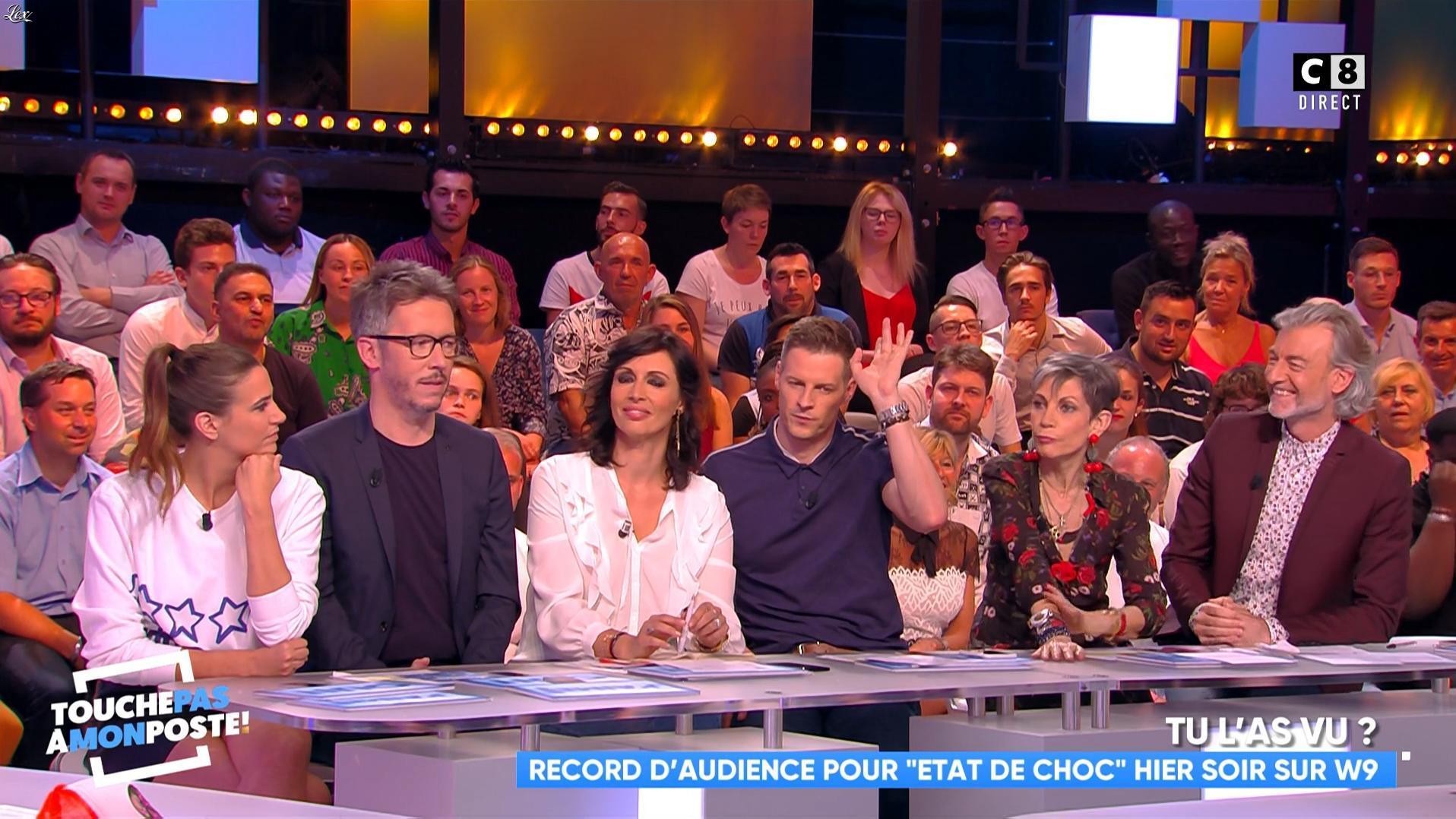 Charlotte Gabris dans Touche pas à mon Poste. Diffusé à la télévision le 30/05/18.