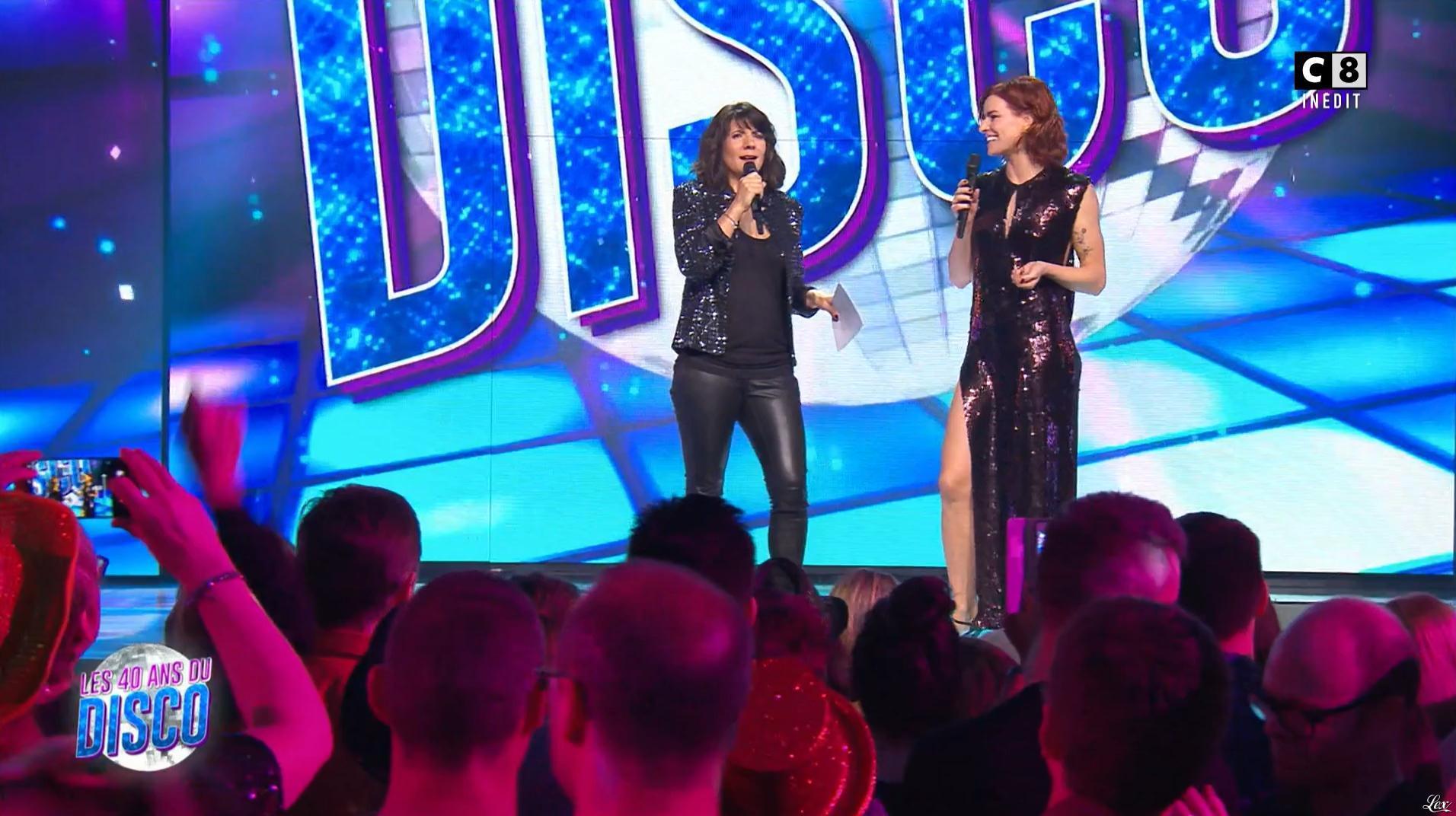 Fauve Hautot et Estelle Denis dans les 40 Ans du Disco. Diffusé à la télévision le 29/03/17.
