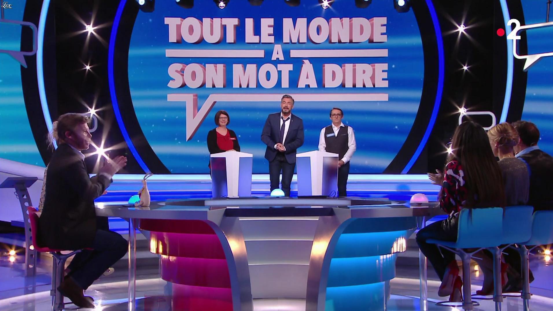 Hapsatou Sy dans Chacun à son Mot à Dire. Diffusé à la télévision le 12/04/18.