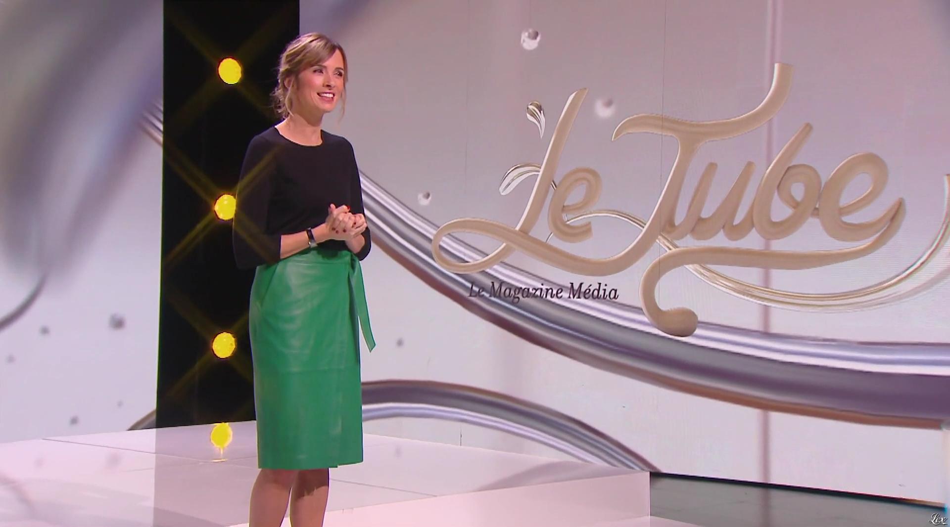 Isabelle Ithurburu dans le Tube. Diffusé à la télévision le 25/11/17.