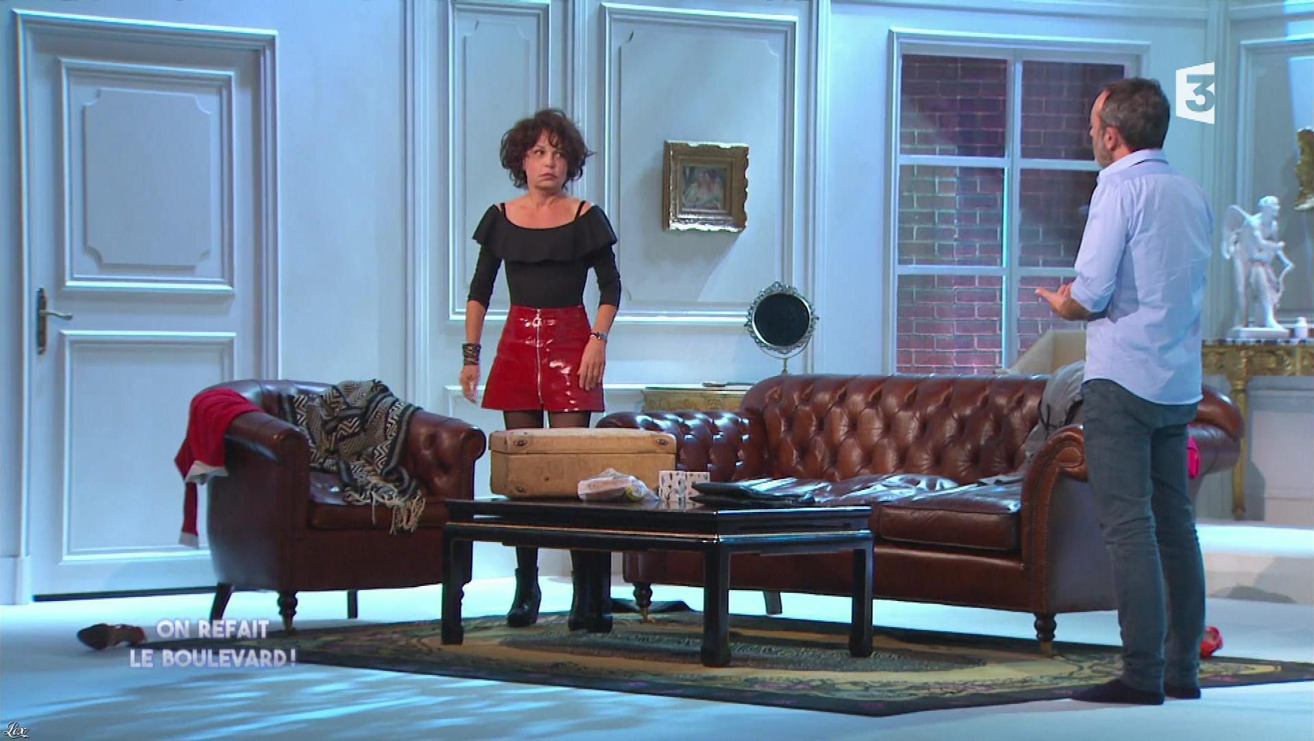 Isabelle Mergault dans On Refait le Boulevard. Diffusé à la télévision le 22/12/17.