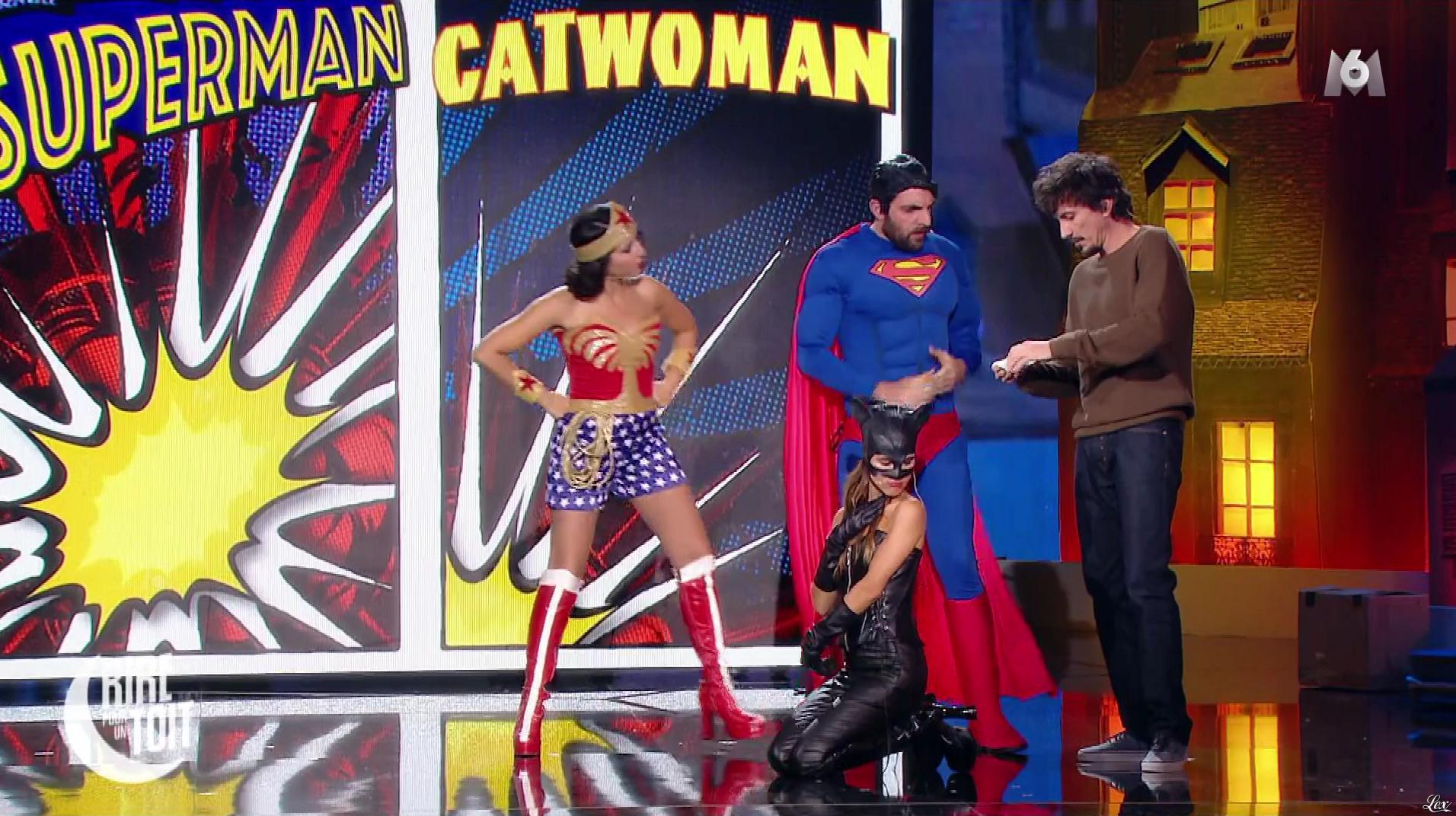 Joyce Jonathan dans Rire pour un Toit. Diffusé à la télévision le 22/12/17.