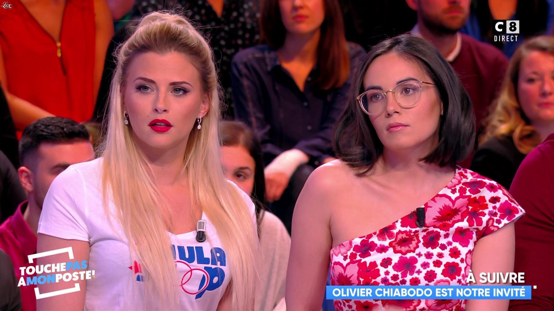 Kelly Vedovelli et Agathe Auproux dans Touche pas à mon Poste. Diffusé à la télévision le 04/04/18.