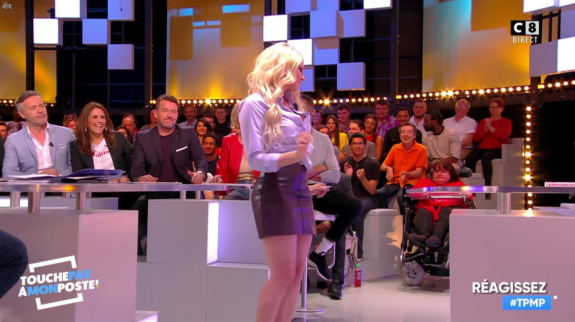 Kelly Vedovelli dans Touche pas à mon Poste. Diffusé à la télévision le 03/05/18.