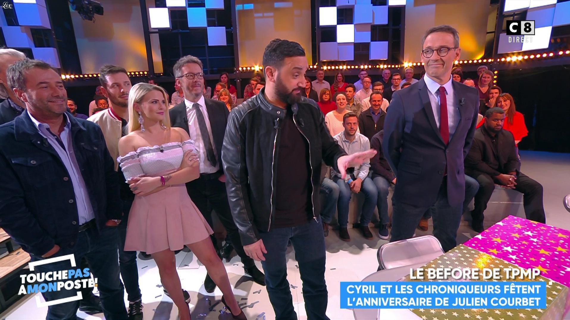 Kelly Vedovelli dans Touche pas à mon Poste. Diffusé à la télévision le 07/02/18.