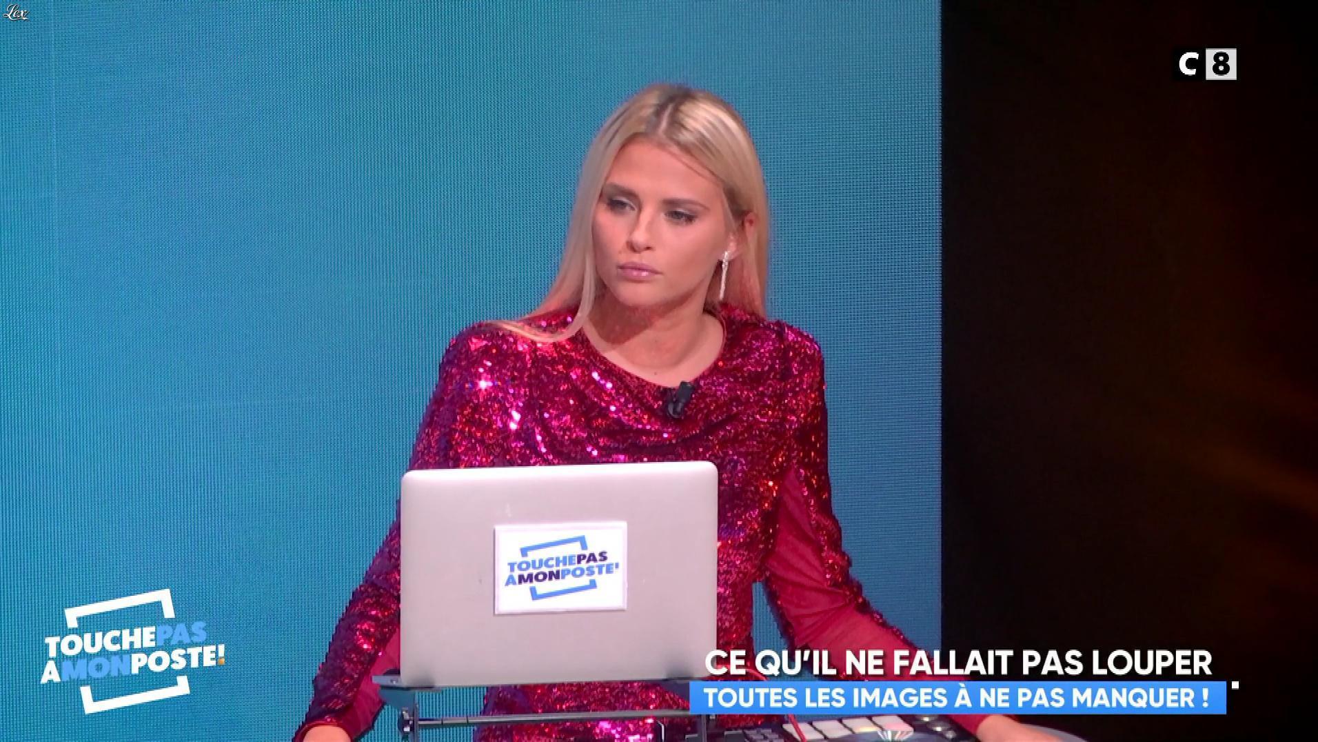Kelly Vedovelli dans Touche pas à mon Poste. Diffusé à la télévision le 09/10/17.