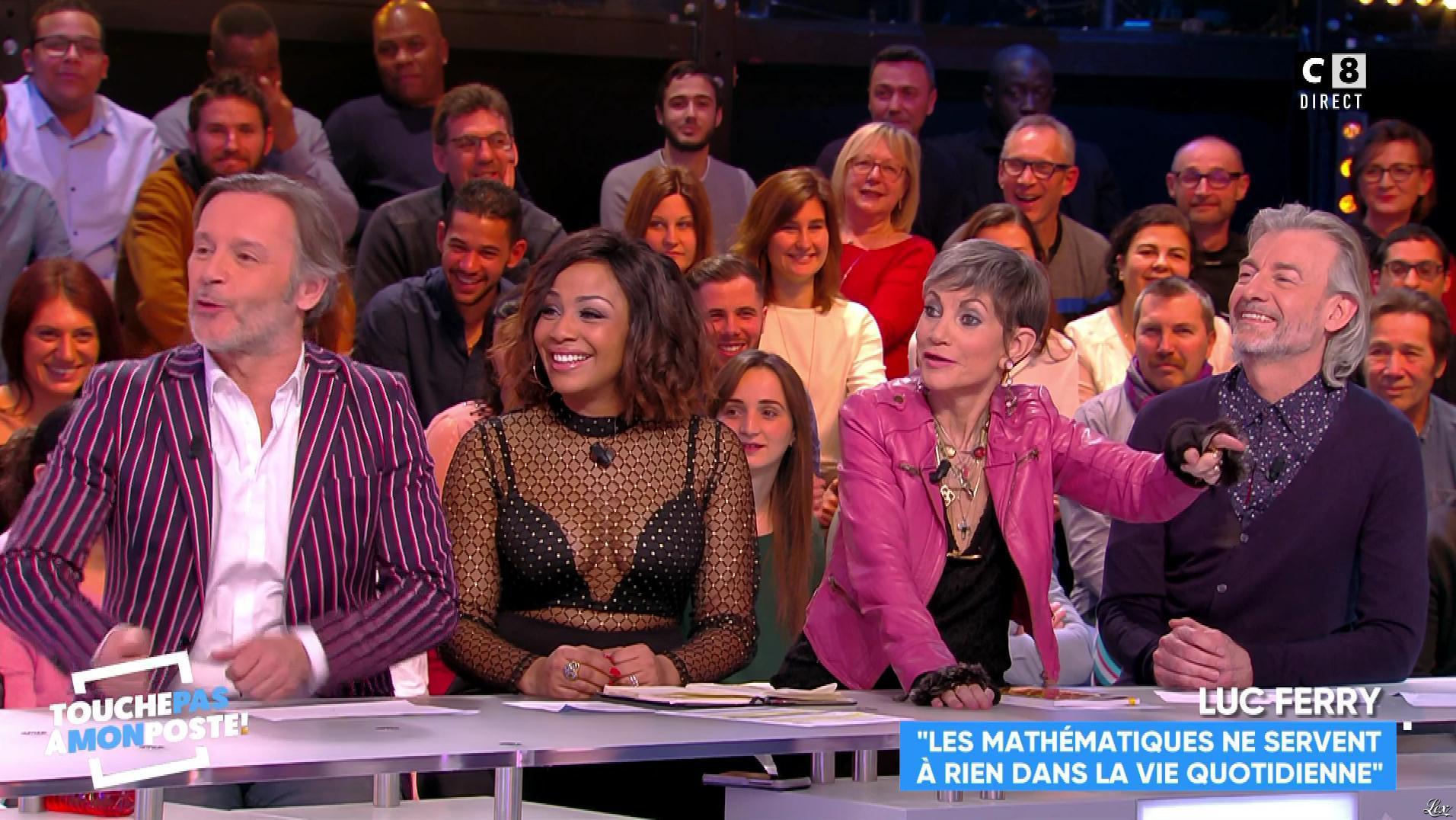 Ludivine Retory dans Touche pas à mon Poste. Diffusé à la télévision le 15/02/18.