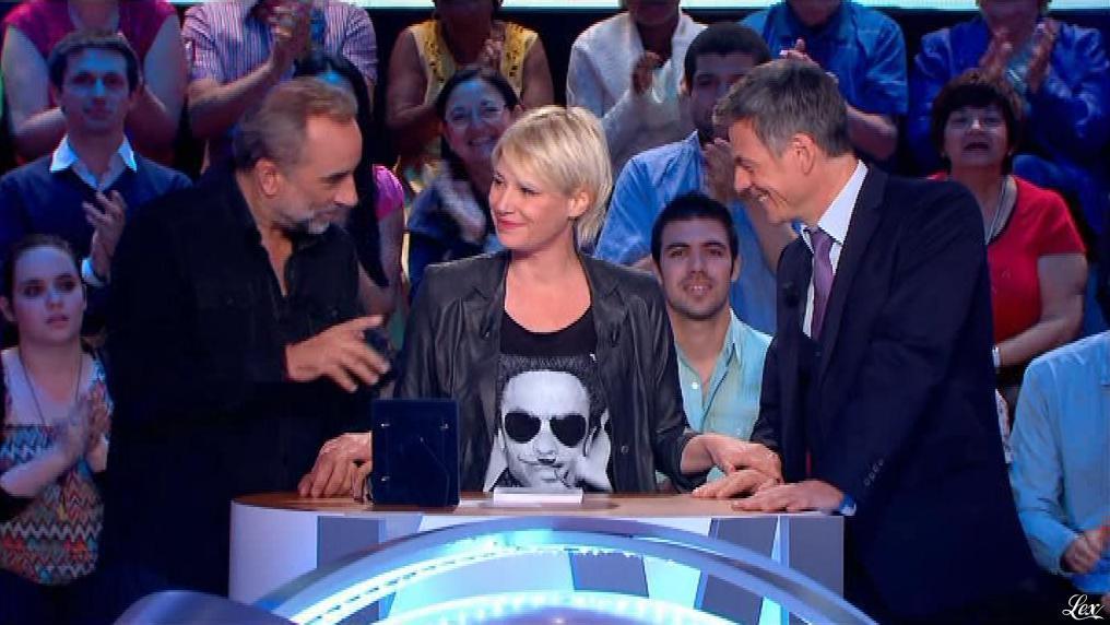 Maïtena Biraben dans le News Show. Diffusé à la télévision le 16/07/13.