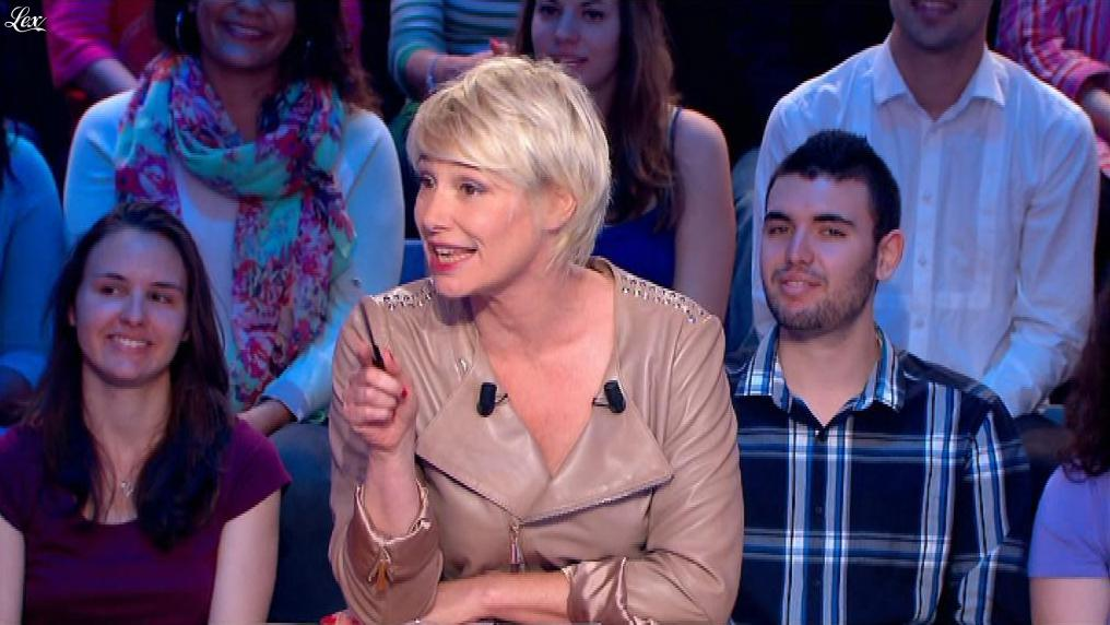Maïtena Biraben dans le News Show. Diffusé à la télévision le 19/08/13.
