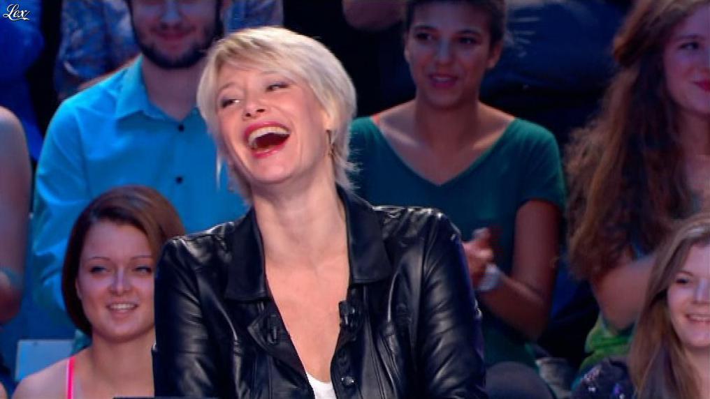 Maïtena Biraben dans le News Show. Diffusé à la télévision le 31/07/13.