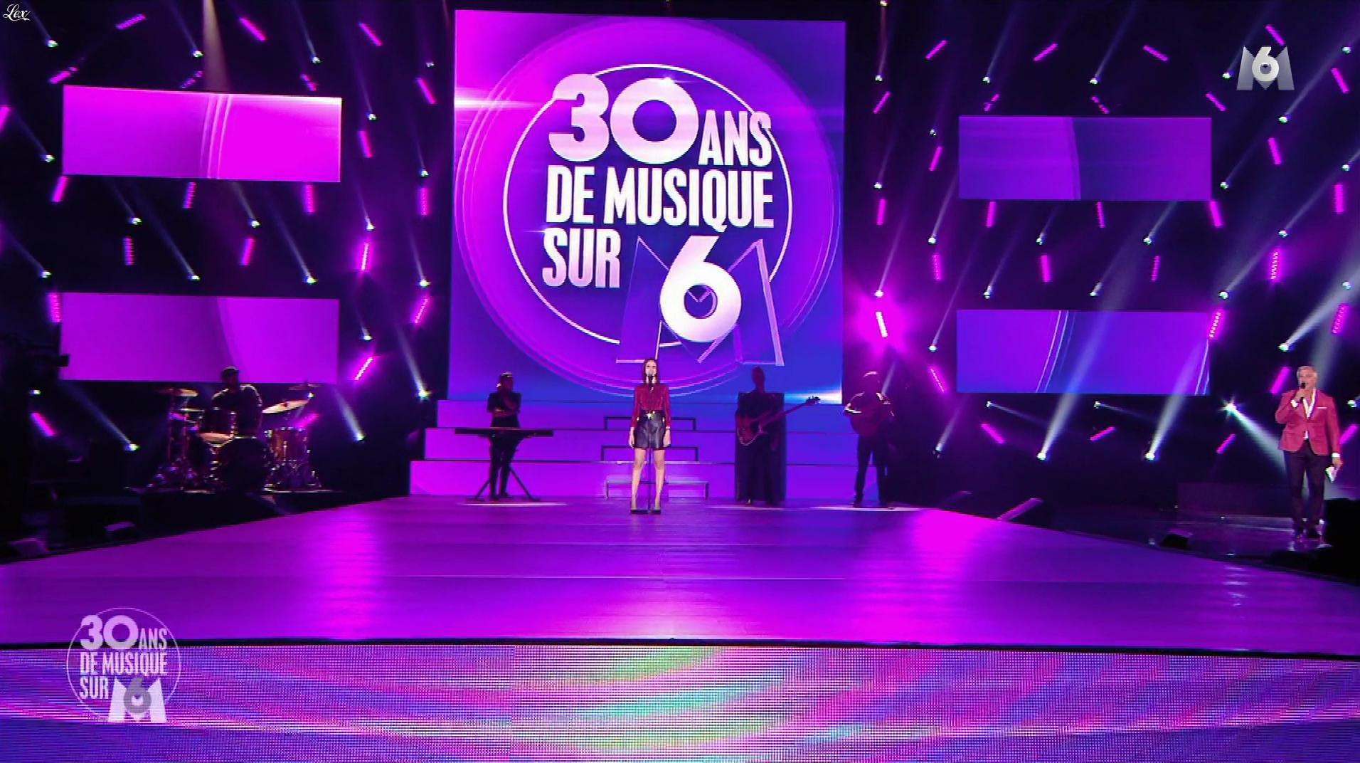 Marina Kaye dans 30 Ans de Musique sur M6. Diffusé à la télévision le 28/12/17.