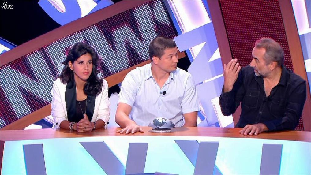 Reem Kherici dans le News Show. Diffusé à la télévision le 16/07/13.