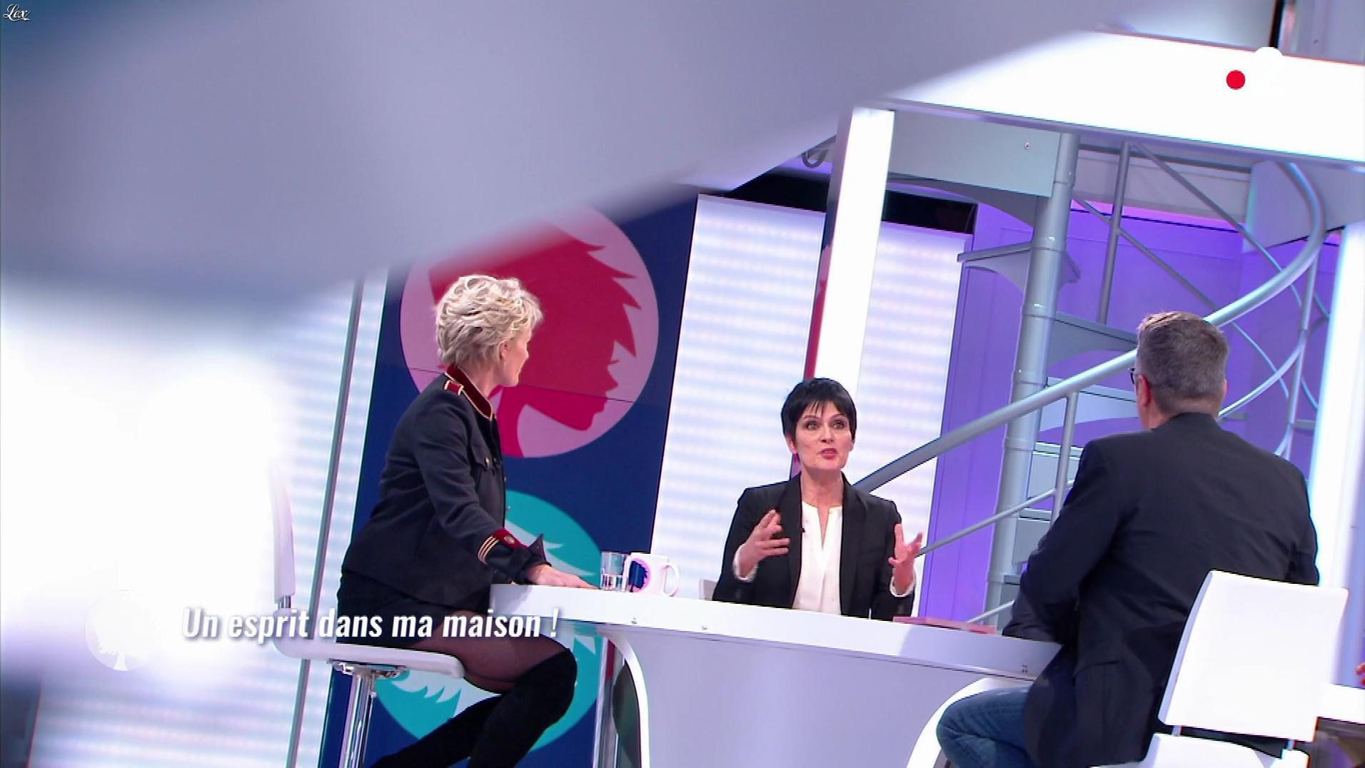 Sophie Davant dans c'est au Programme. Diffusé à la télévision le 08/03/18.