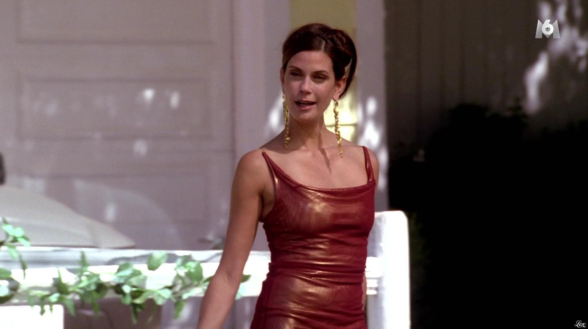 Teri Hatcher dans Desperate Housewives. Diffusé à la télévision le 15/02/17.