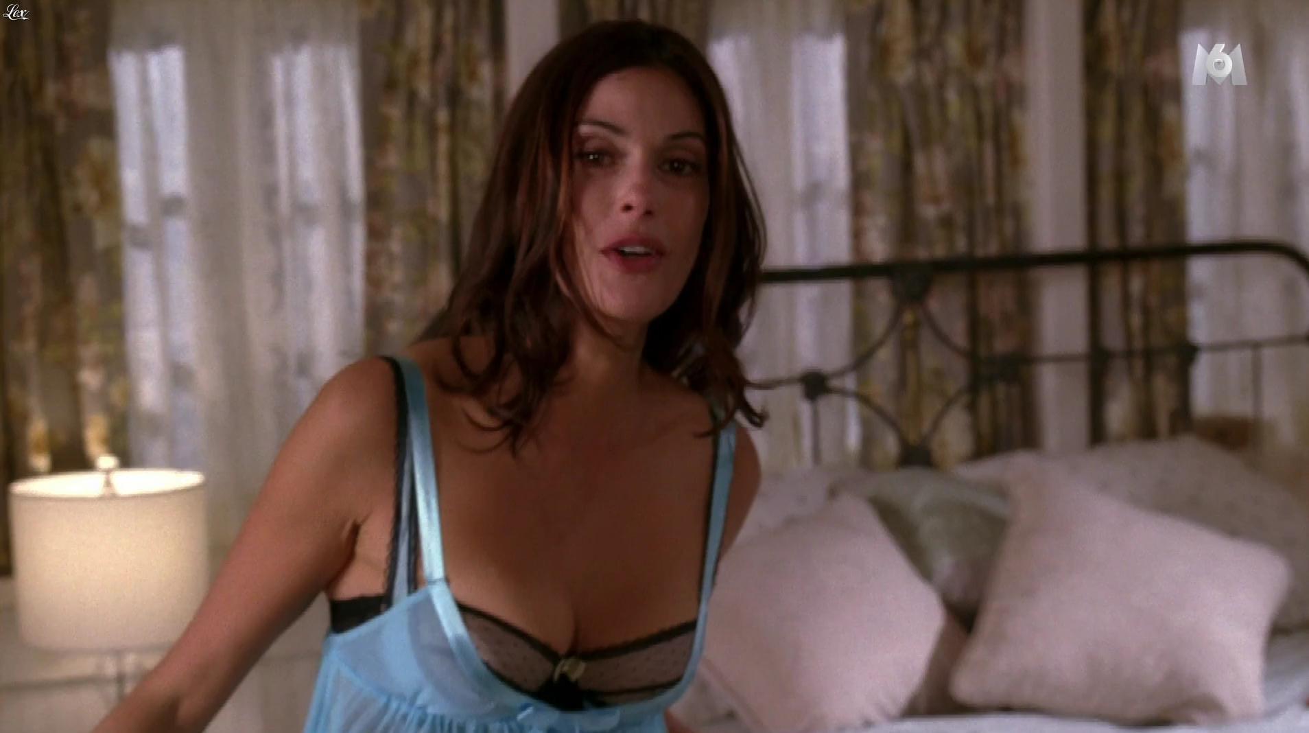 Teri Hatcher dans Desperate Housewives. Diffusé à la télévision le 17/02/17.