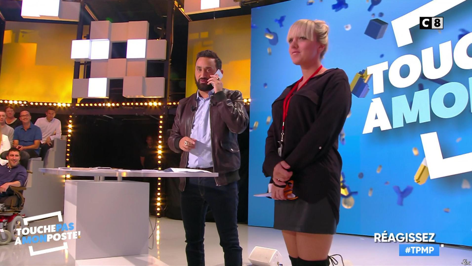 Virginie Carrozza dans Touche pas à mon Poste. Diffusé à la télévision le 28/09/17.
