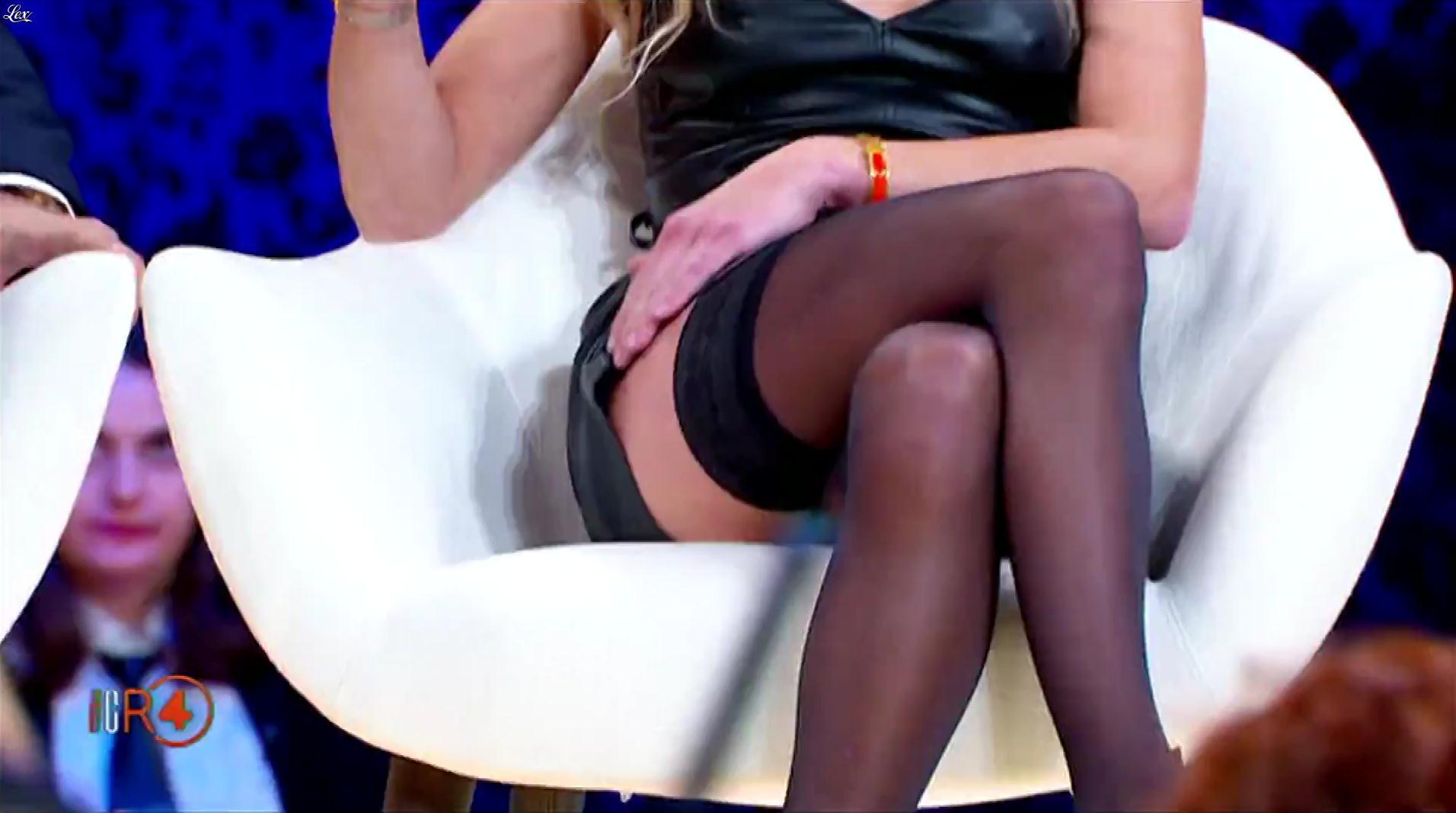 Alessandra Cantini dans la RepubbliÇa Delle Donne. Diffusé à la télévision le 28/11/18.