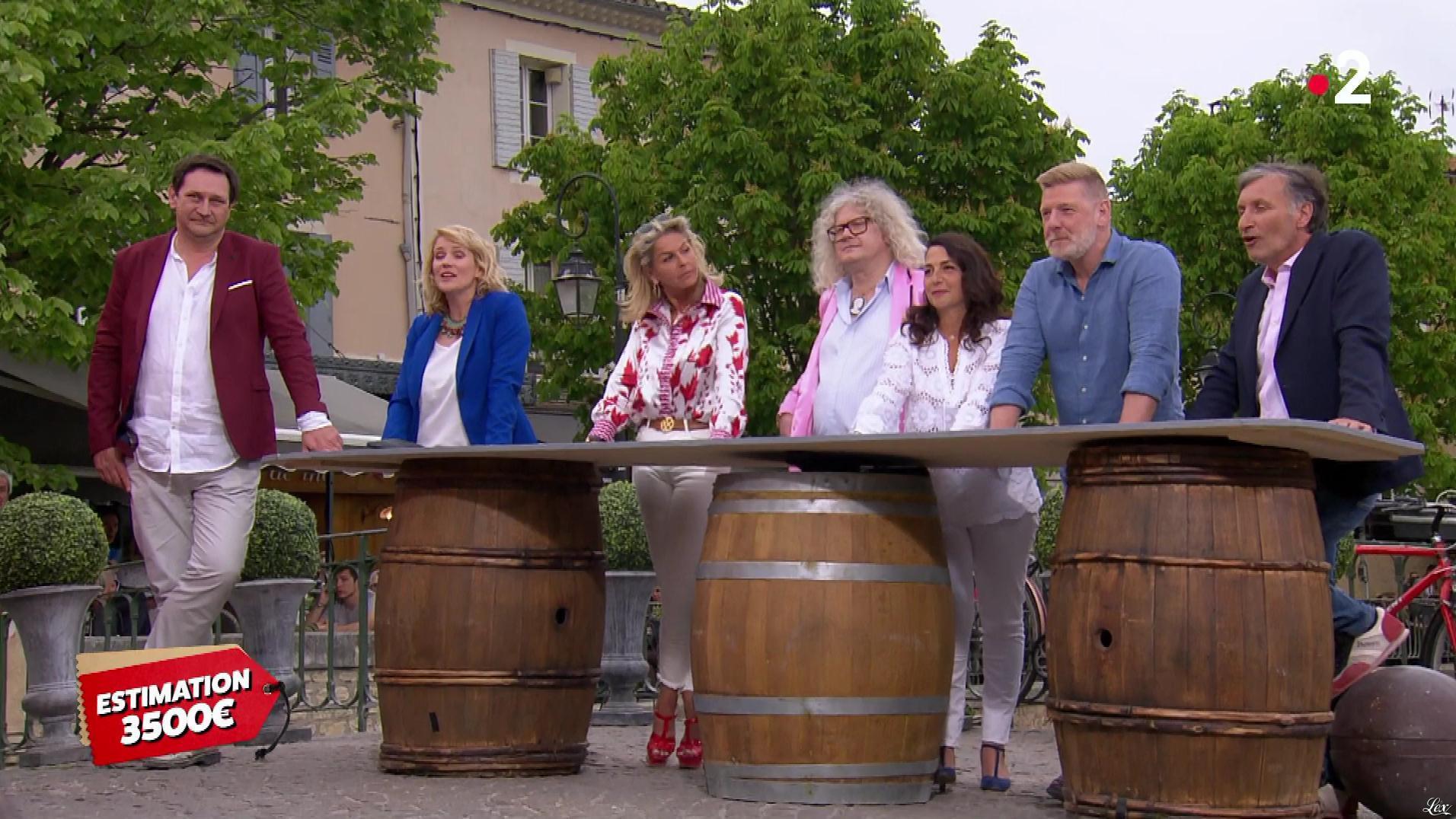 Caroline Margeridon dans Affaire Conclue. Diffusé à la télévision le 30/05/19.
