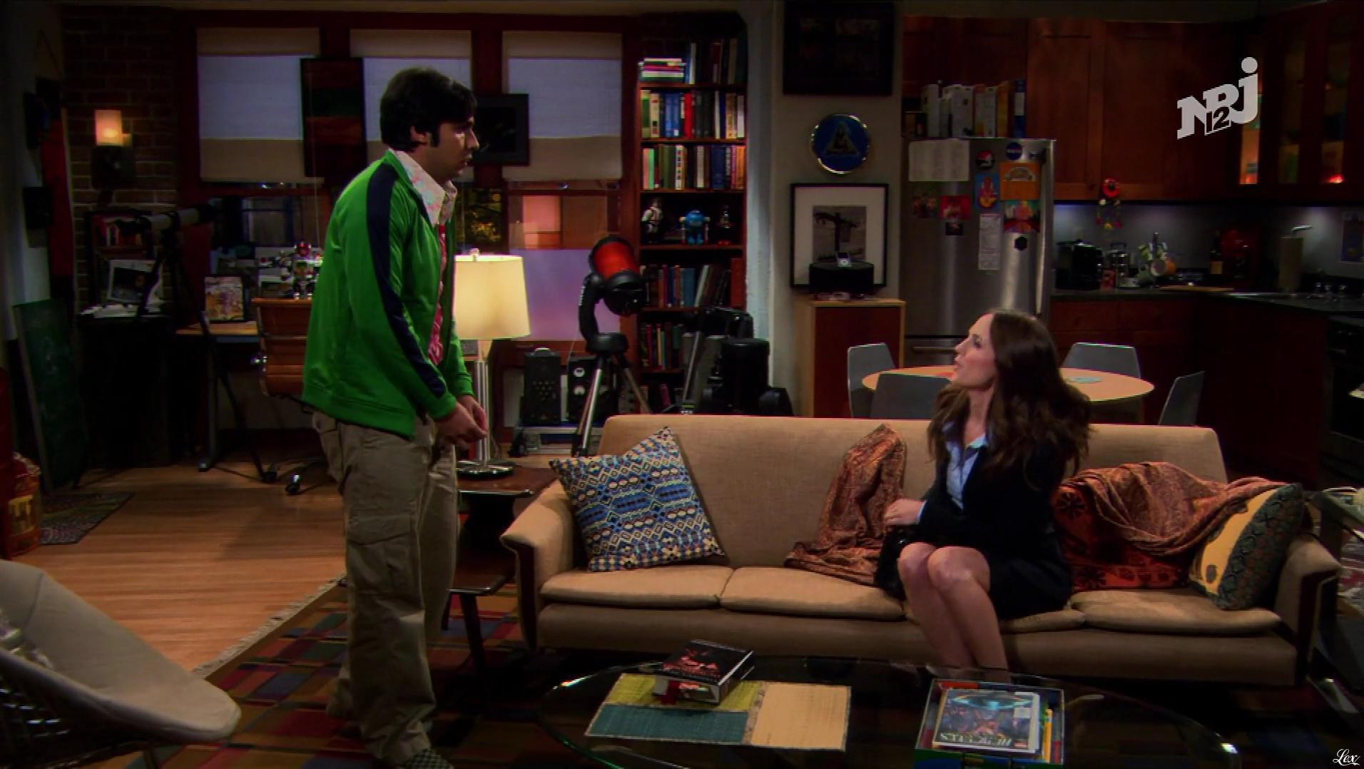 Eliza Dushku dans The Big Bang Theory. Diffusé à la télévision le 28/12/18.